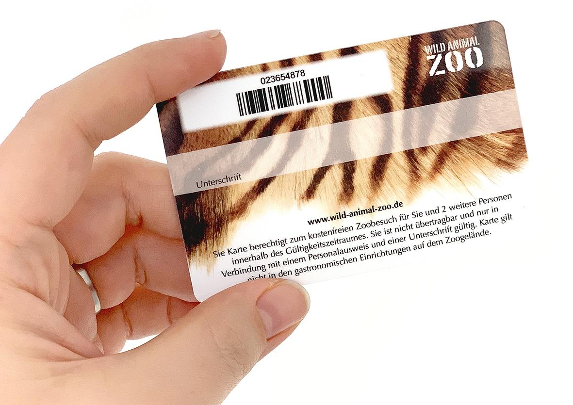 Barcodekarte für Zoobesuch mit Unterschriftenfeld