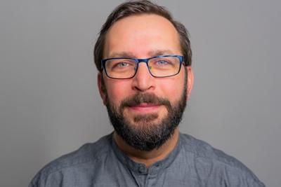 Portrait Dario Pinto Plasticard-ZFT
